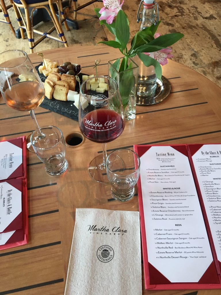 Are you traveling to the North Fork of Long Island, NY any time soon? I'm sharing my Top 10 Wineries + Breweries to stop during your visit. #NoFo
